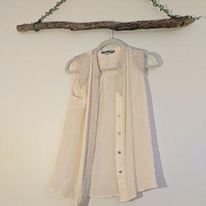 ARyn K boutique blouse
